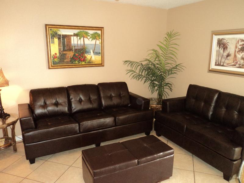 Great Rates -  Cute Condo Only Steps from the Beac - Image 1 - Gulf Shores - rentals