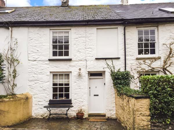 2 OAK VILLAS, character cottage, river access, WiFi, pet-friendly in Mylor Bridge Ref 925360 - Image 1 - Mylor Bridge - rentals