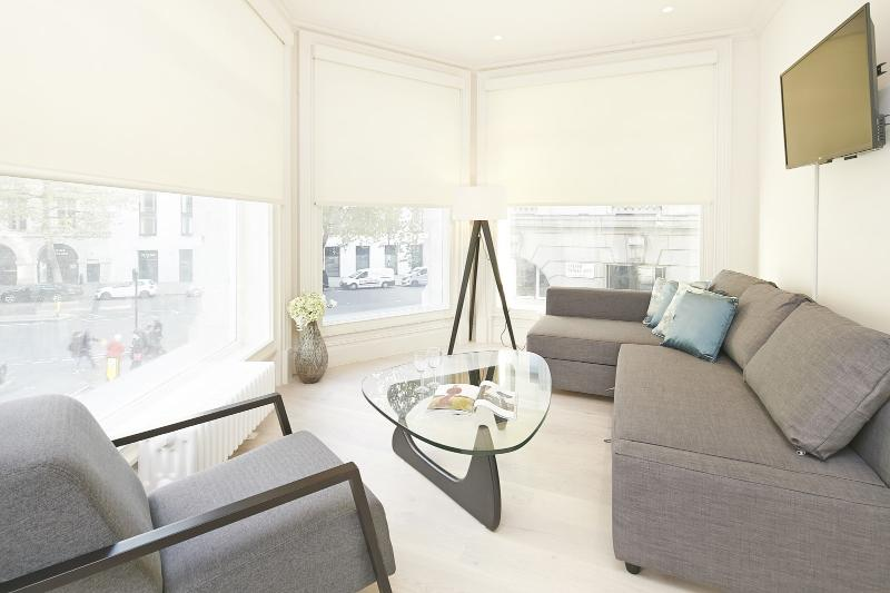 Delightful 2 Bedroom Apartment in Covent Garden - Image 1 - London - rentals