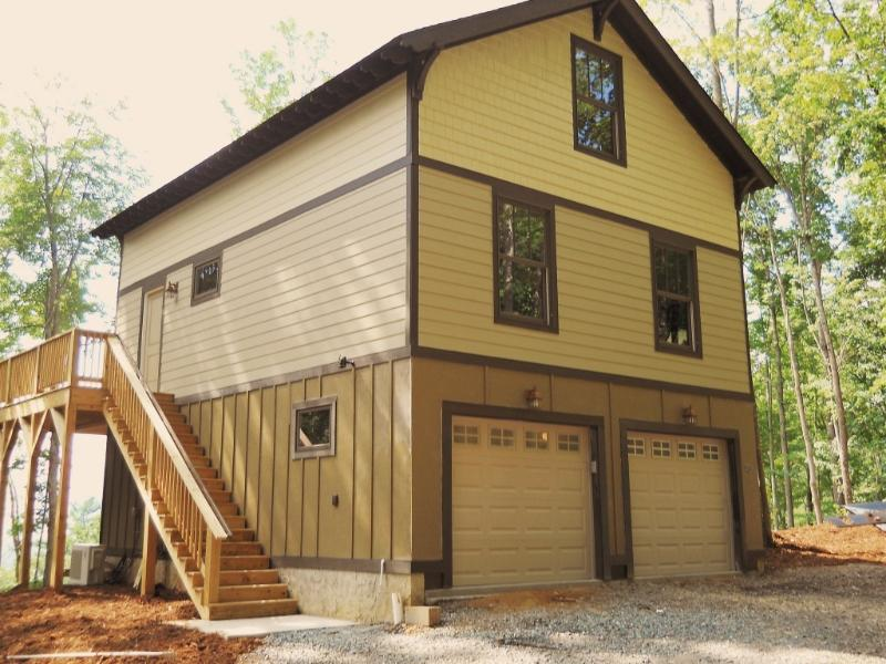 Garage lower level,main floor and sleeping loft. - Views, Private, Close to Downtown - Asheville - rentals