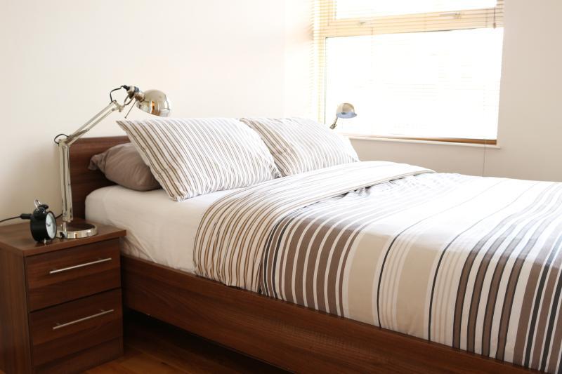 Master Bedroom - Spacious 2 bedroom & 2 bathroom apartment in SOHO - London - rentals
