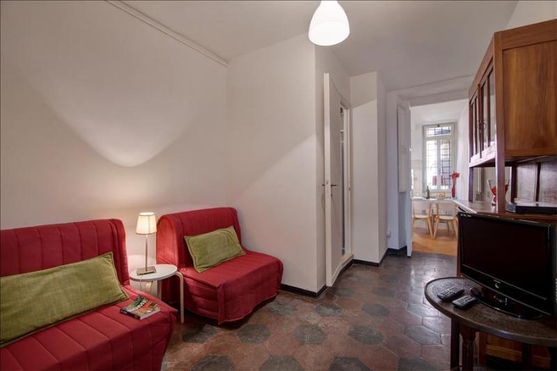 Charming 1bdr apt w/balcony - Image 1 - Rome - rentals