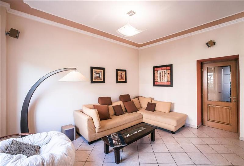 Lovely 2bdr close to the Colloseum - Image 1 - Rome - rentals