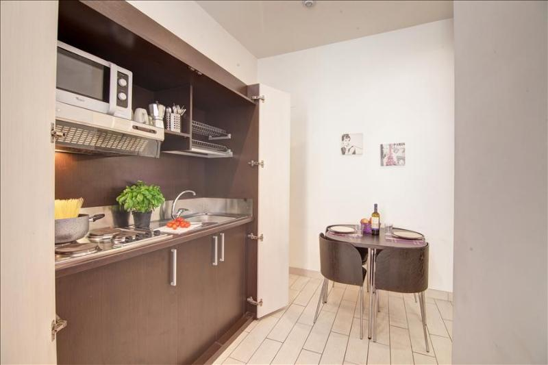 Modern 1bdr near metro station - Image 1 - Rome - rentals