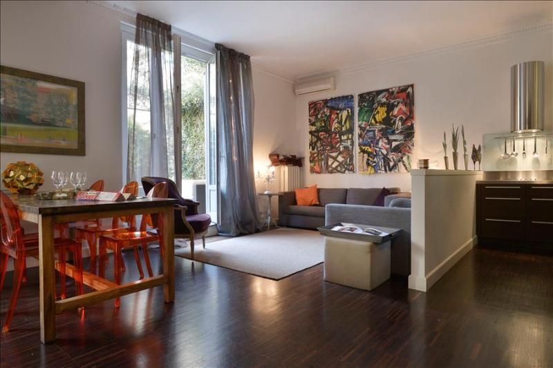 A few steps from Duomo, with beautiful terrace - Image 1 - Milan - rentals