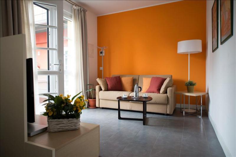 Lovely 1bdr close to Bocconi - Image 1 - Milan - rentals