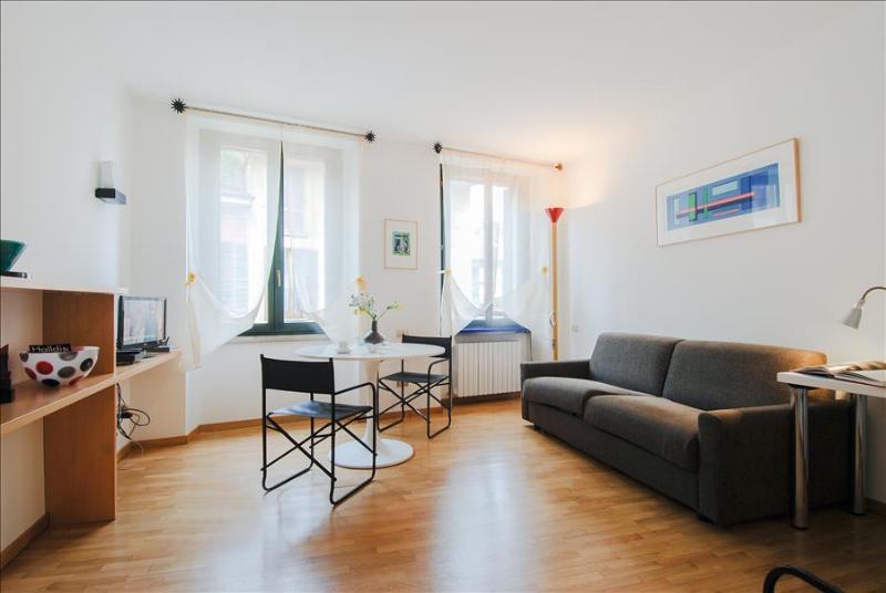 Charming studio in Brera - Image 1 - Milan - rentals