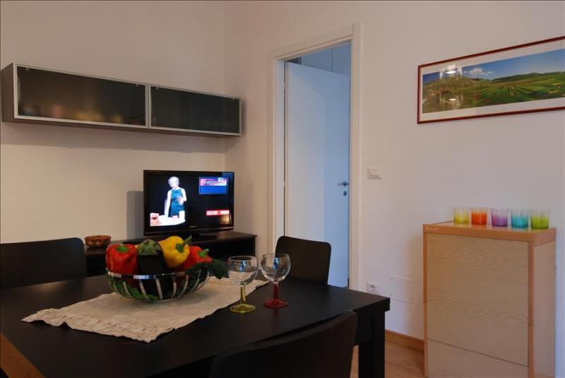 Fully renovated flat with parking - Image 1 - Bologna - rentals