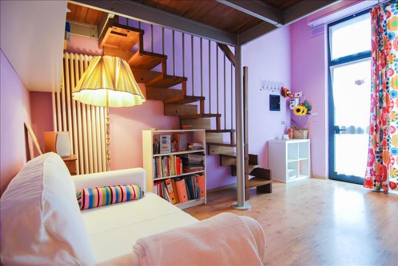 Cozy and vivid 1bdr apartment - Image 1 - Bologna - rentals