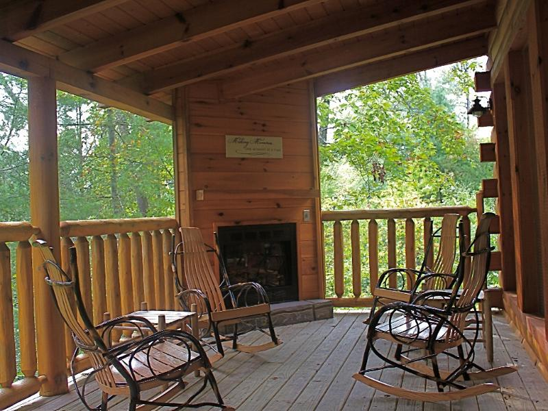 Relax and Enjoy the mountain air in the custom rockers! - Convenient Log Hideaway-Misty Mountain - Gatlinburg - rentals