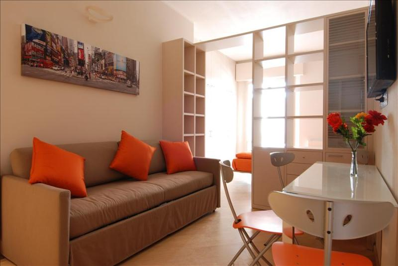 Nice studio in historical center - Image 1 - Bologna - rentals