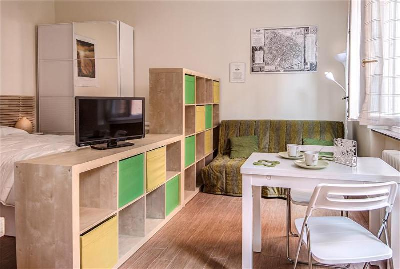 Lovely studio in the center - Image 1 - Bologna - rentals