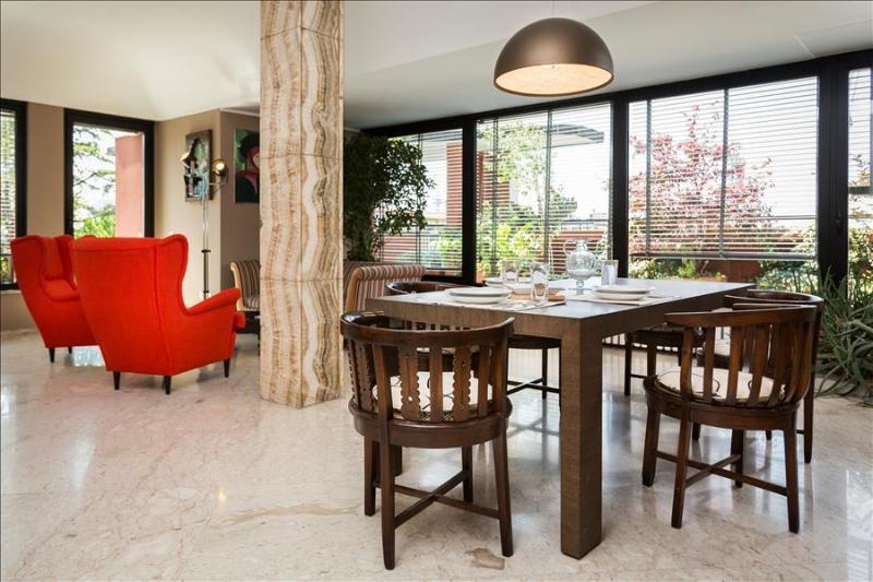 Elegant penthouse w/terrace - Image 1 - Milan - rentals