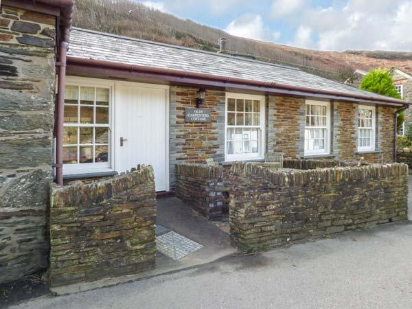 OLDE CARPENTERS COTTAGE, single-storey, WiFi, private patio, fabulous location, in Boscastle, Ref 920463 - Image 1 - Boscastle - rentals