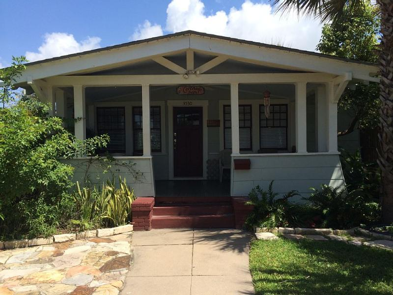 Large 10 X 20 south facing front porch - Coronado Palms Coastal Cottage - Pet Friendly - Galveston Island - rentals