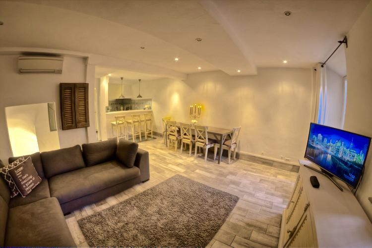 Old Town Chic - Image 1 - Cannes - rentals