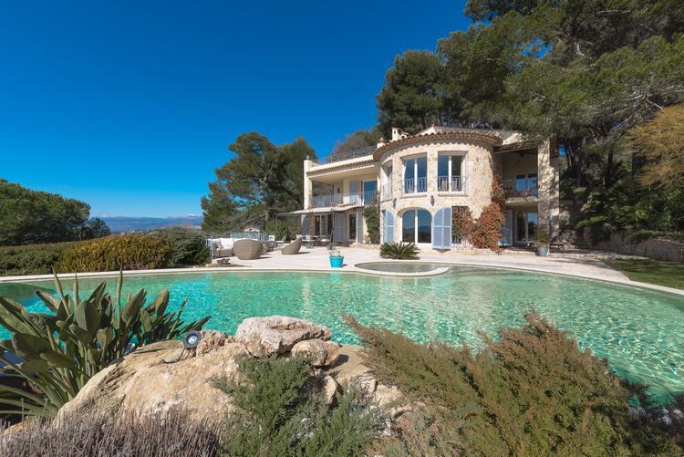 Villa Julia - Image 1 - Cannes - rentals