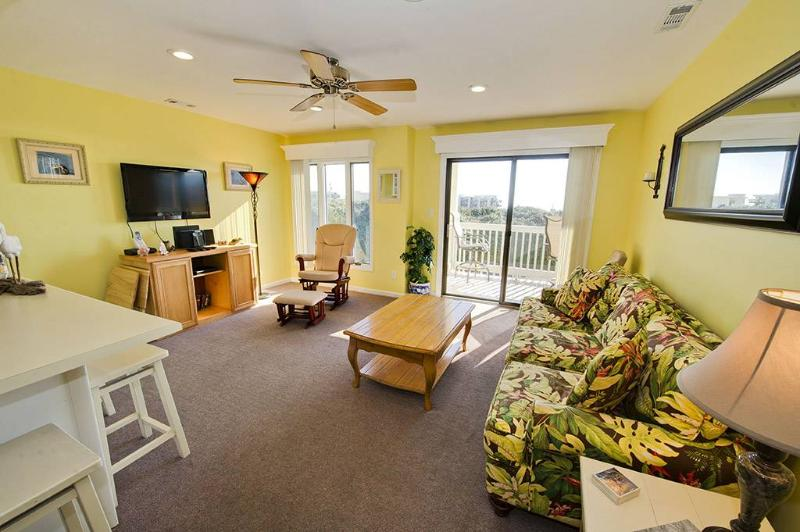 Pebble Beach C207 - Image 1 - Emerald Isle - rentals