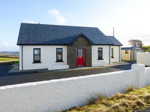 HILLCREST HAVEN detached, en-suite, excellent walks and cycling, garden in Kilfenora Ref 932592 - Image 1 - Kilshanny - rentals