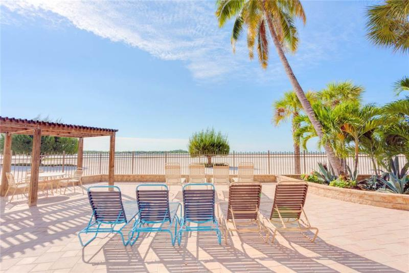 Carlos Pointe PH1, Penthouse 4 Bedrooms, Gulf Front, Heated Pool, Sleeps 10 - Image 1 - Survey Creek - rentals