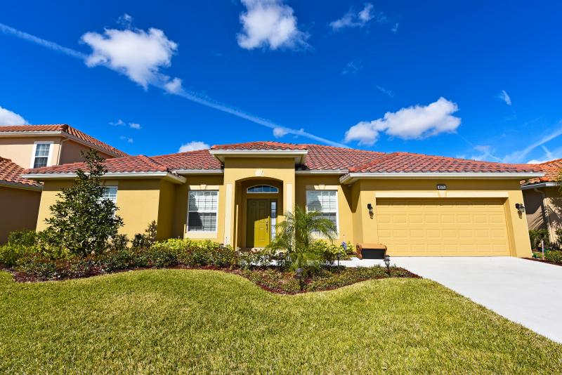 4Bd Pool Home Solterra Resort-GmRm,WiFi- Frm$130nt - Image 1 - Orlando - rentals