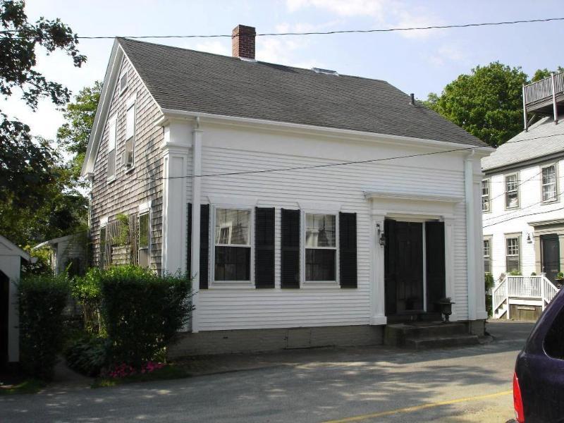 12 Academy Lane - Image 1 - Nantucket - rentals