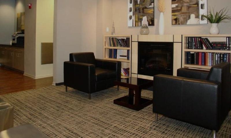 Impressive Studio Apartment with Great Amenities in Chicago - Image 1 - Chicago - rentals