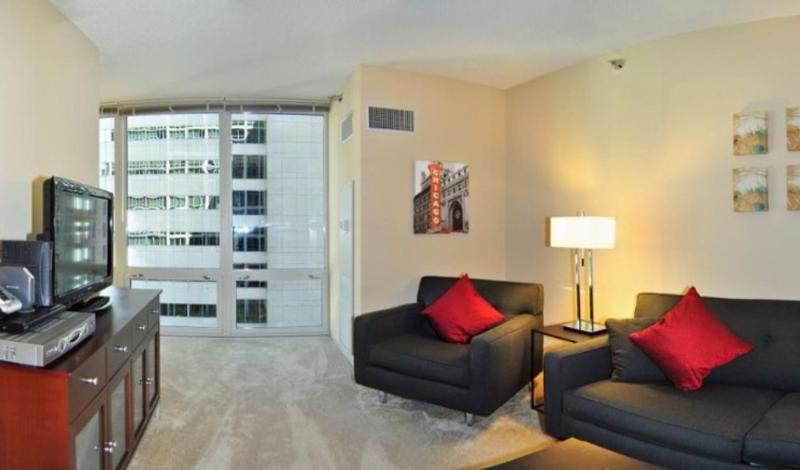 Wonderful Junior 1 Bedroom, 1 Bathroom Apartment in Chicago - 24-Hour Doorman - Image 1 - Chicago - rentals