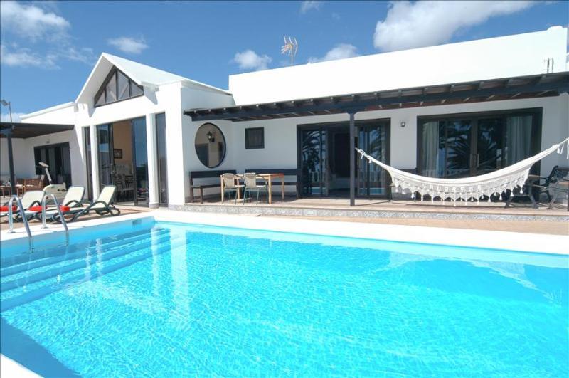 Villa LVC219170 - Image 1 - Costa Teguise - rentals