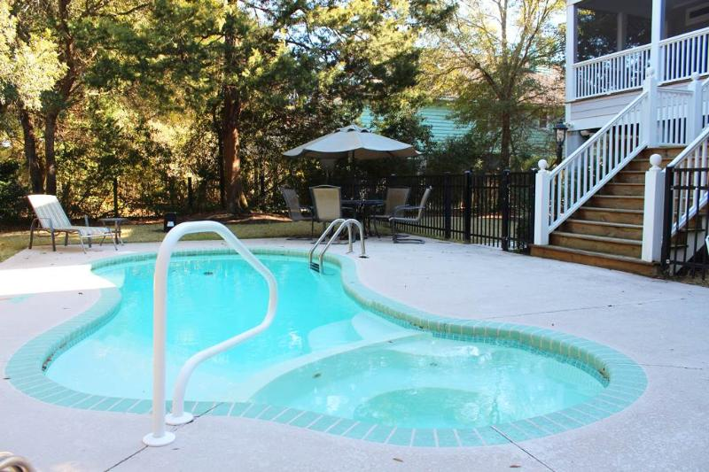 Summertime Retreat - Private Pool - Image 1 - Pawleys Island - rentals
