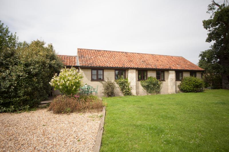 PigWig Cottage - detached, single storey. - PigWig Cottage - Bradford-on-Avon - rentals