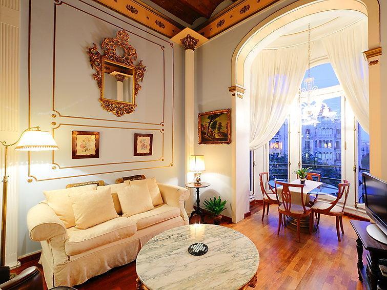 2 bedroom Apartment in Barcelona, Spain : ref 2009039 - Image 1 - Barcelona - rentals