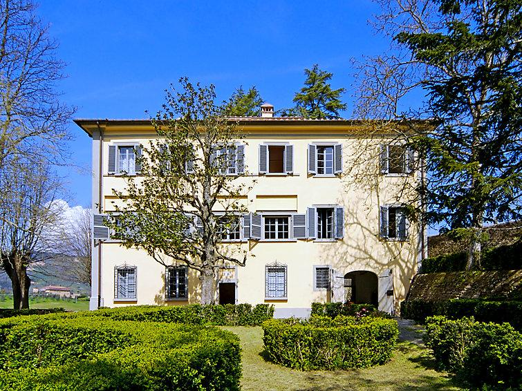 6 bedroom Villa in Montecatini Terme, Florence Countryside, Italy : ref 2253666 - Image 1 - Serravalle Pistoiese - rentals