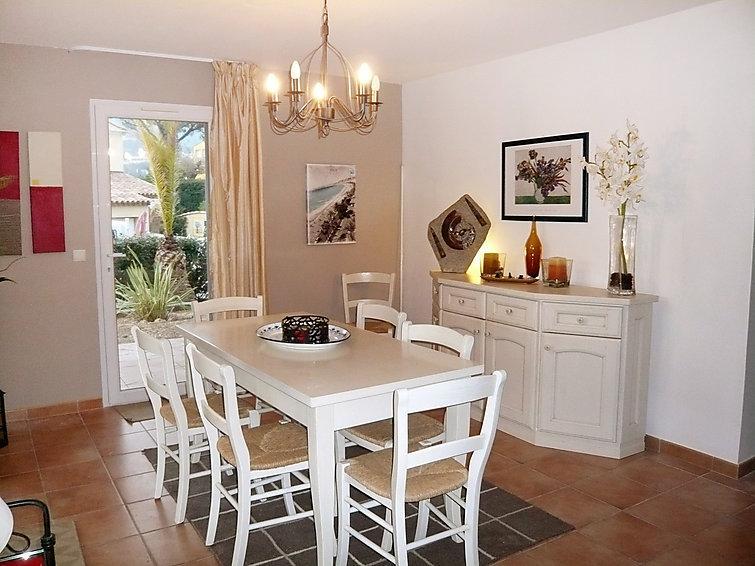 3 bedroom Villa in Les Issambres, Cote d'Azur, France : ref 2012776 - Image 1 - Les Issambres - rentals