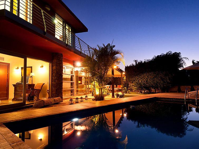 3 bedroom Villa in Maspalomas, Gran Canaria, Canary Islands : ref 2213893 - Image 1 - Montana La Data - rentals