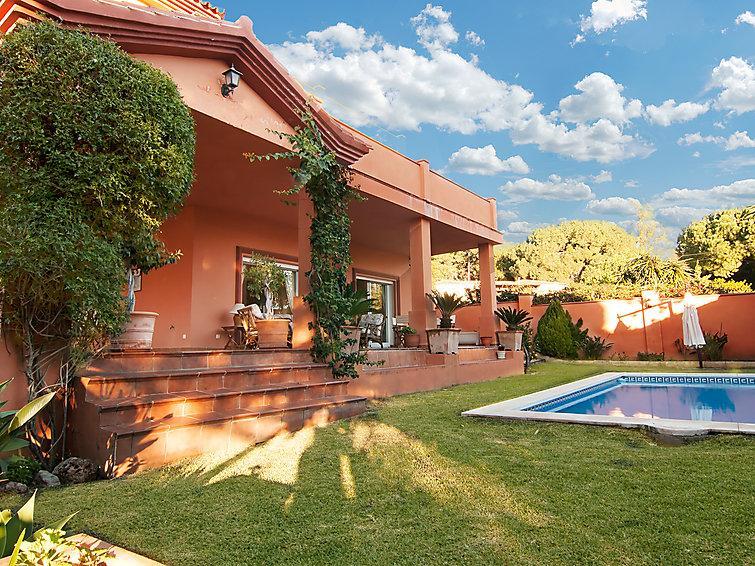 6 bedroom Villa in Marbella, Costa Del Sol, Spain : ref 2009165 - Image 1 - Marbella - rentals