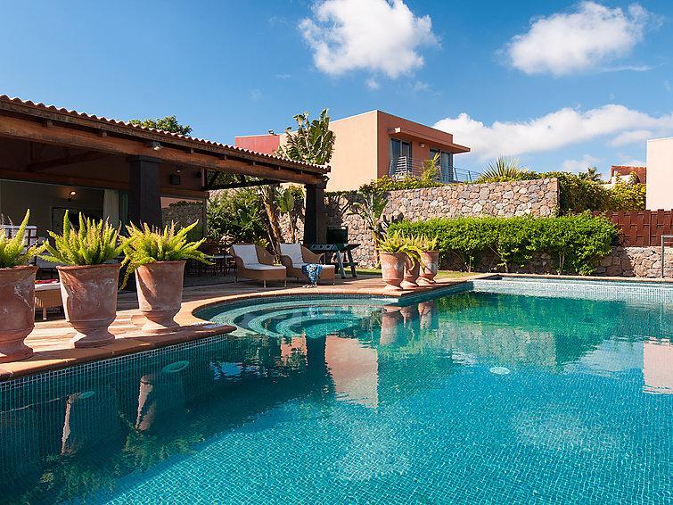 3 bedroom Villa in Maspalomas, Gran Canaria, Canary Islands : ref 2214819 - Image 1 - Montana La Data - rentals