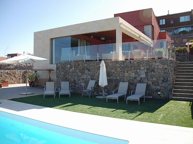4 bedroom Villa in Maspalomas, Gran Canaria, Canary Islands : ref 2216770 - Image 1 - Montana La Data - rentals