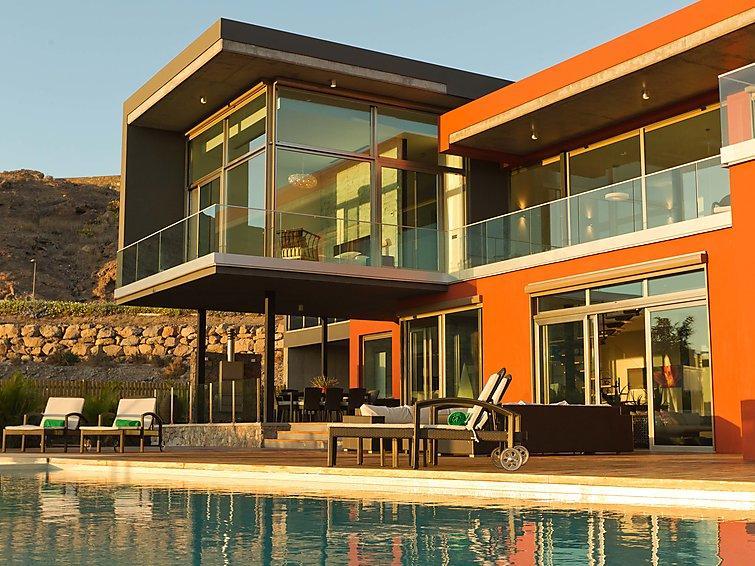 4 bedroom Villa in Maspalomas, Gran Canaria, Canary Islands : ref 2216990 - Image 1 - Montana La Data - rentals