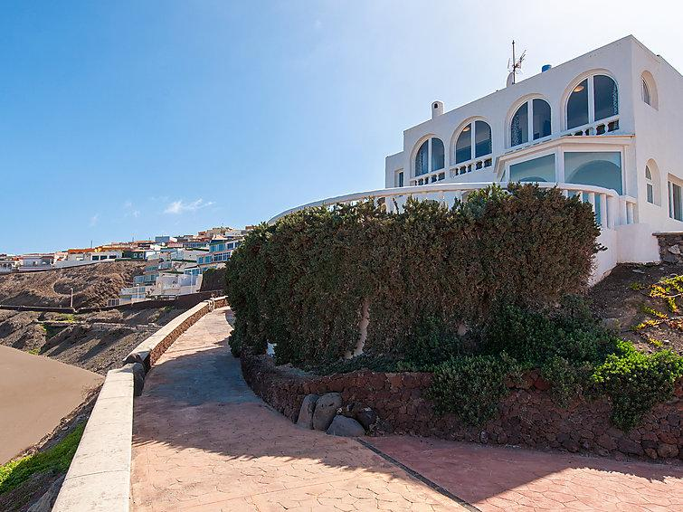 5 bedroom Villa in Las Palmas, Gran Canaria, Canary Islands : ref 2235877 - Image 1 - Melenara - rentals