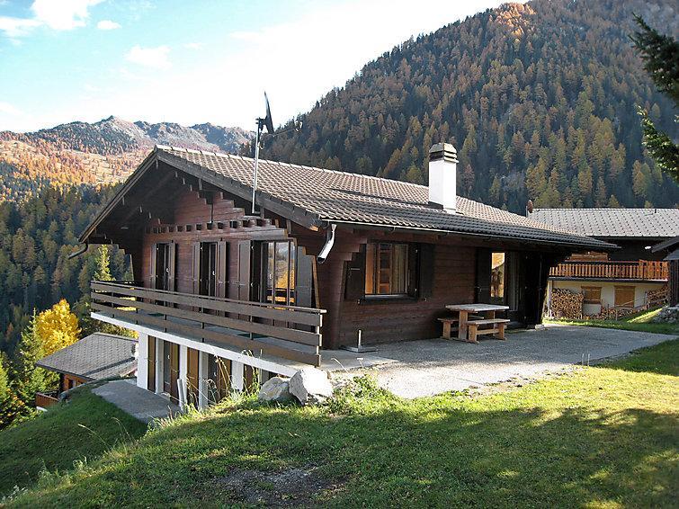 4 bedroom Villa in La Tzoumaz, Valais, Switzerland : ref 2296582 - Image 1 - La Tzoumaz - rentals