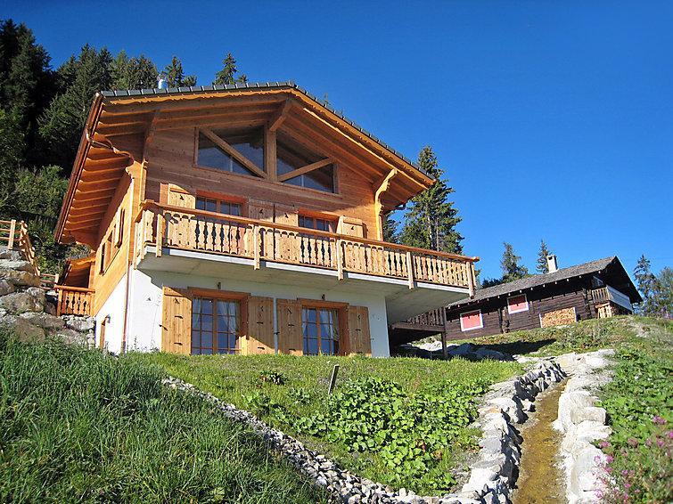 5 bedroom Villa in La Tzoumaz, Valais, Switzerland : ref 2296581 - Image 1 - La Tzoumaz - rentals