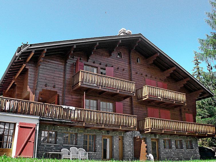 4 bedroom Apartment in Verbier, Valais, Switzerland : ref 2296605 - Image 1 - Verbier - rentals
