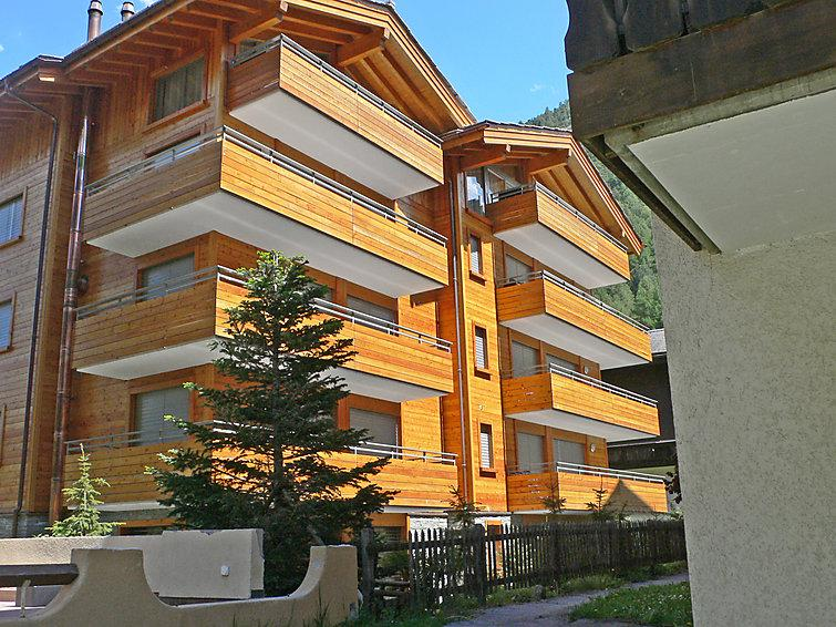 3 bedroom Apartment in Zermatt, Valais, Switzerland : ref 2297411 - Image 1 - Zermatt - rentals