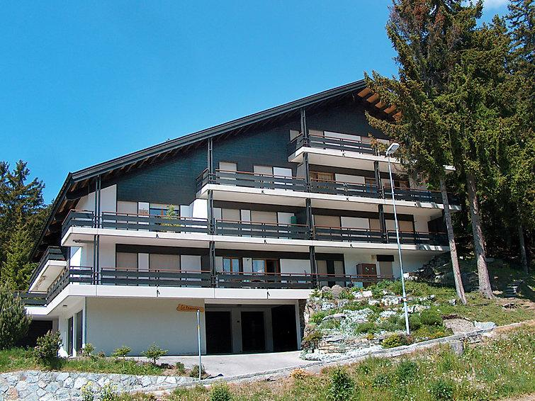 4 bedroom Apartment in Crans Montana, Valais, Switzerland : ref 2297586 - Image 1 - Crans-Montana - rentals