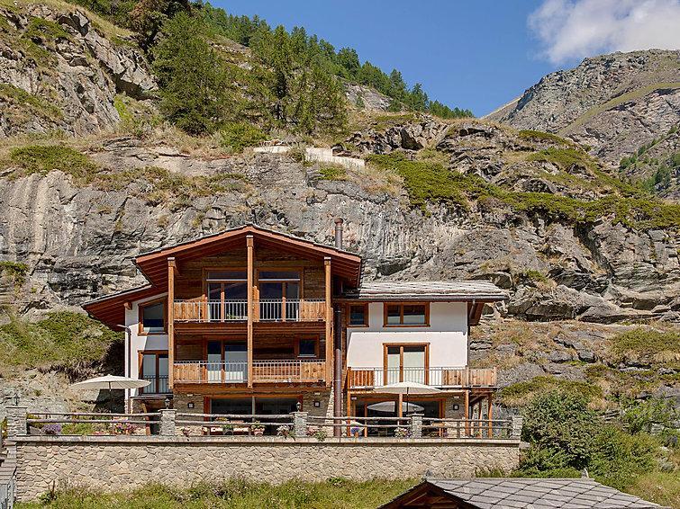 4 bedroom Villa in Zermatt, Valais, Switzerland : ref 2300689 - Image 1 - Zermatt - rentals