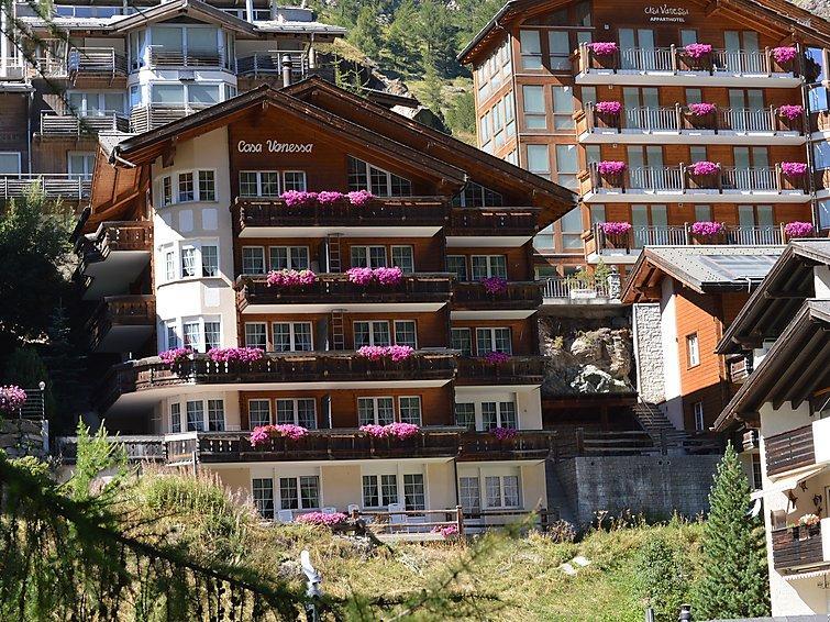 4 bedroom Apartment in Zermatt, Valais, Switzerland : ref 2300692 - Image 1 - Zermatt - rentals