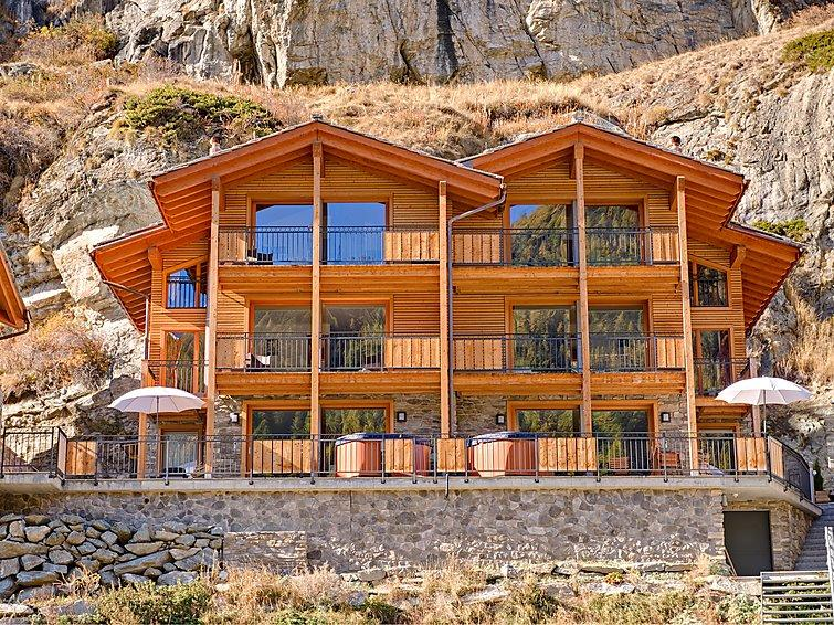 4 bedroom Villa in Zermatt, Valais, Switzerland : ref 2300782 - Image 1 - Zermatt - rentals