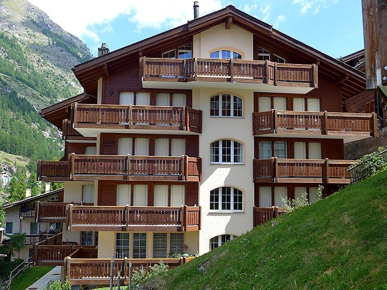 3 bedroom Apartment in Zermatt, Valais, Switzerland : ref 2297402 - Image 1 - Zermatt - rentals