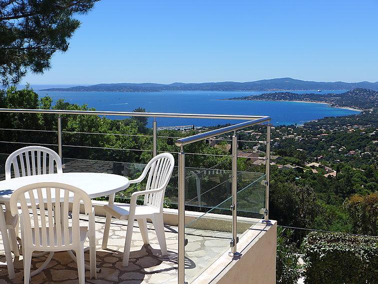 3 bedroom Villa in Les Issambres, Cote d'Azur, France : ref 2012784 - Image 1 - Les Issambres - rentals